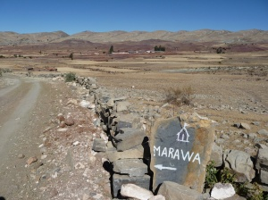 Marawa - town in a crater