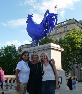 With Claudine, Jo and the big blue Cock at Trafalgar Square