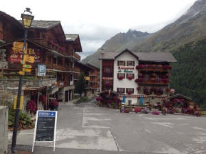 Leaving the pretty hamlet of Arolla.